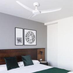 Siros, ventilador de techoDC,  aspas y motor blancos, Faro