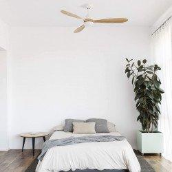 POROS LED de Faro un moderno ventilador de techo DC lacado en blanco con palas de madera natural